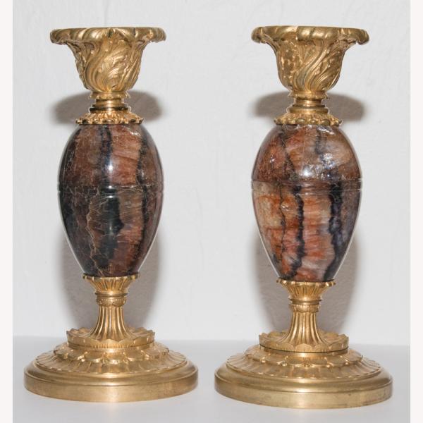 Paire De Bougeoirs En Spath Fluor Et Bronze Doré Milieu XIXe