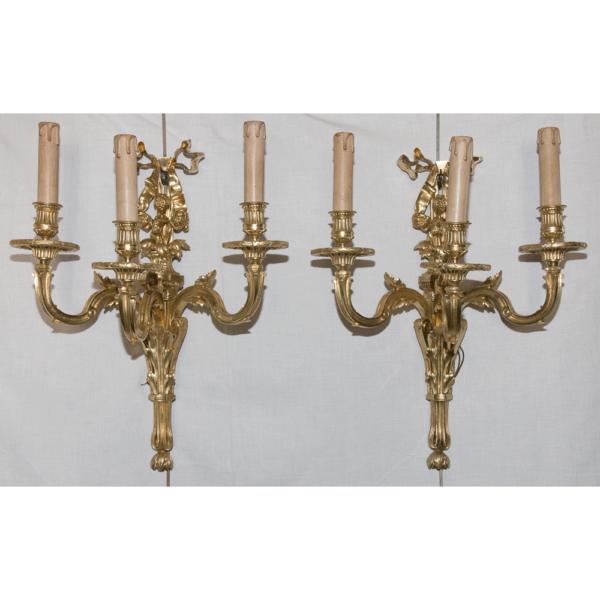 Paire d'Appliques En Bronze Style Louis XVI Circa 1880